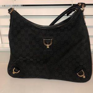 AUTHENTIC BLACK GUCCI SHOULDER BAG